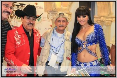 Lorenso de Monteclaro y Maribel Guardia en Tucson