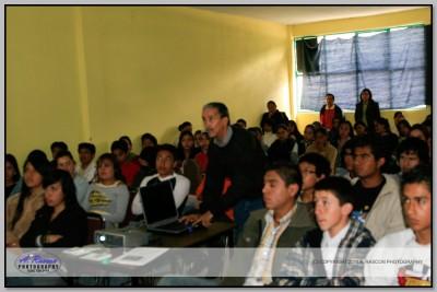 Centro Universitario de Acambay 200 personas